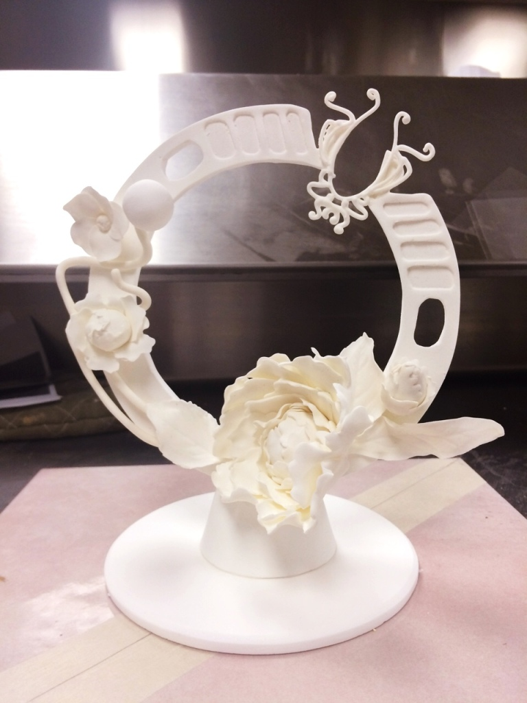 Art Nouveau Wedding Cake | toni woo + food